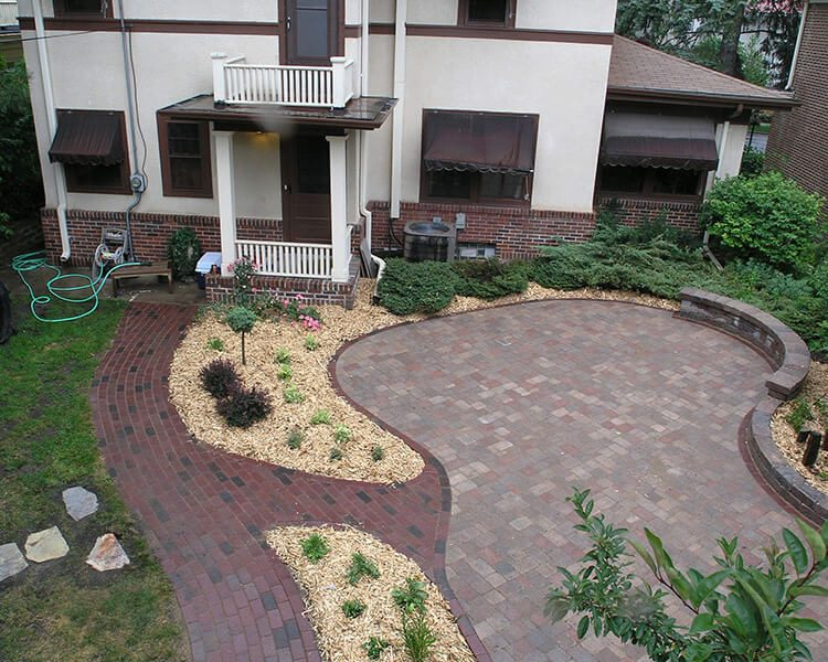 Paver Patio & Sidewalk