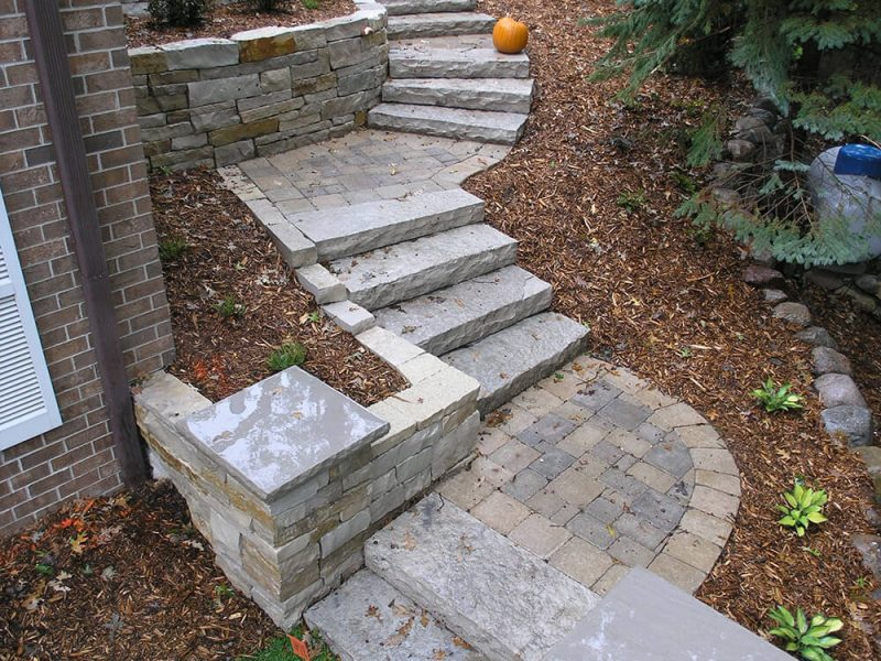 Edina Steps & Stairs