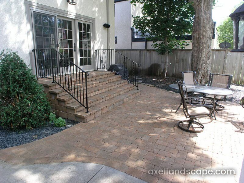 Minneapolis Steps Paver Patio